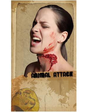Eläimen hyökkäys lateksiproteesi