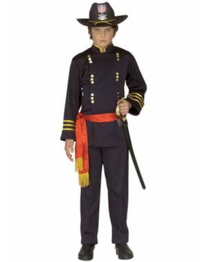 Американският генералски костюм на момчето