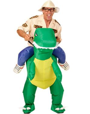 Opblaasbaar carry me kostuum dinosaurus rijder voor volwassenen