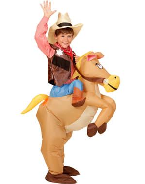 Fato insuflável de cavalo para menino