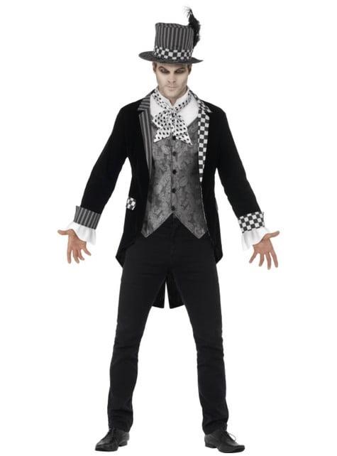 האיש הכובען של תלבושת כהה