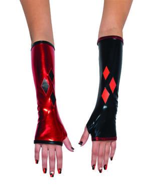 Uñas de Harley Quinn para mujer