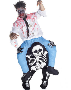 Costume Ride On da zombie che cavalca uno scheletro