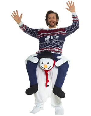Възрастен е ме носят костюм за снежен човек