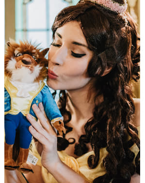 Красота на жените Belle и перука на звяра