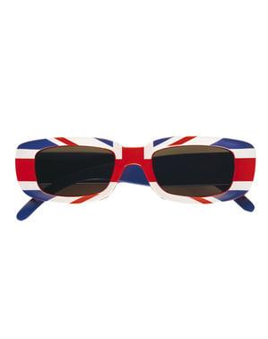 Yetişkinlerin İngiltere'de güneş gözlüğü