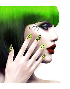 Falske negler med flaggermus og edderkoppnett for dame