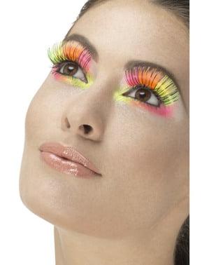 Kadın neon çok renkli kirpikler