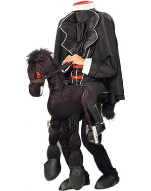 Costum de călăreț decapitat