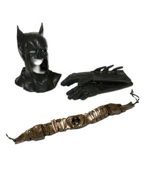 Велика спадщина Бетмена Темний лицар піднімається на дорослий костюм