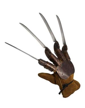 Ръкавицата на Фреди Крюгер