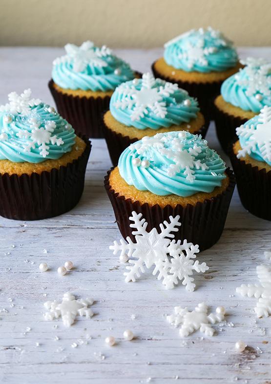 Frozen Cupcakes Snowflake Disney Frozen Elsa Rin...