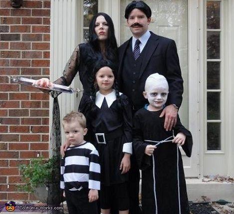 Disfraces Halloween para grupos Sers el primero en morir
