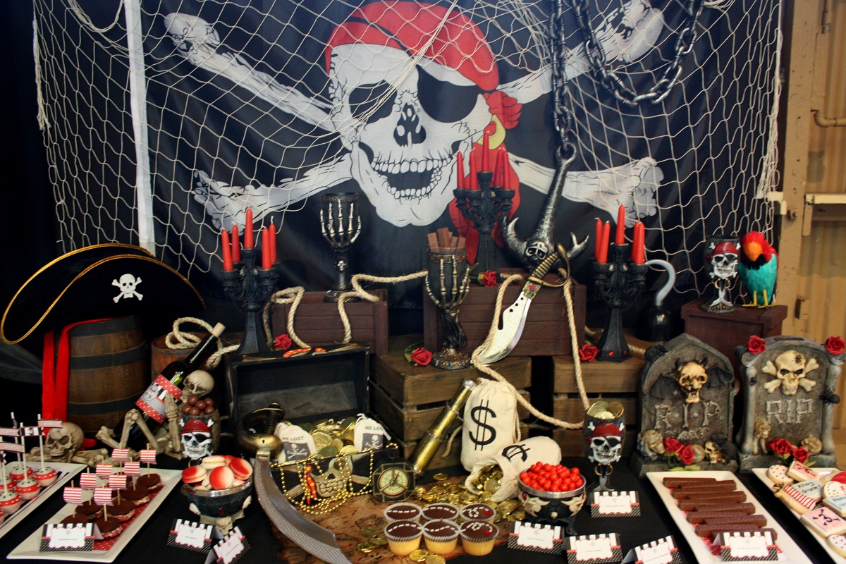 Fiesta pirata ideas para un cumplea os infantil en alta mar - Ideas decoracion bar ...