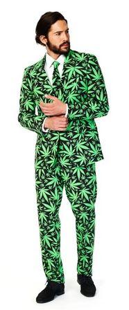 traje cannabis
