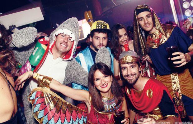 Kostüm Party: wie du eine gelungene Mottoparty organisierst