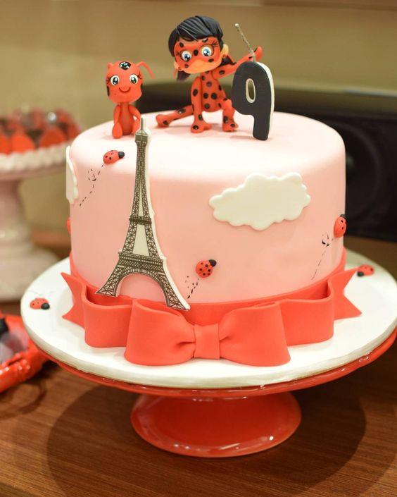 Cumpleaños Ladybug tarta2
