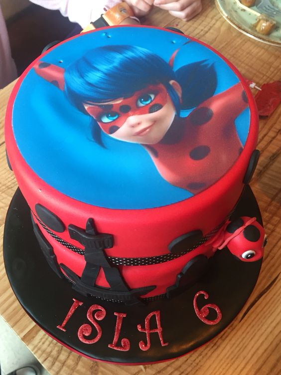 Cumpleaños Ladybug tarta3