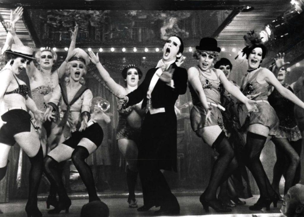 Fiesta a os 20 disfraces de charlest n gangsters - Fiesta anos 20 ...