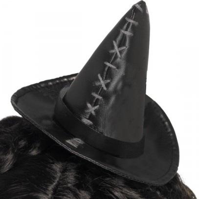 sombrero-de-bruja-con-puntadas-de-hilo