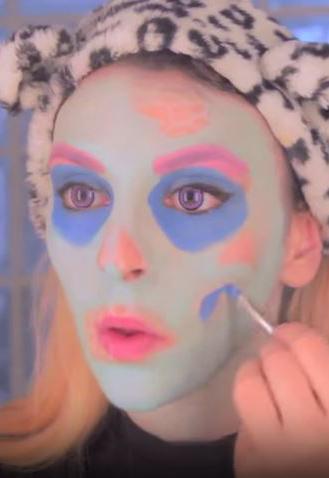 sara zombie pop art 3