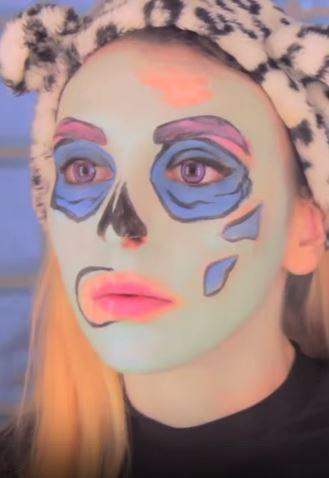 sara zombie pop art 4
